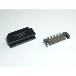 Connector SATA Power (15-pin, male) for cable mounting