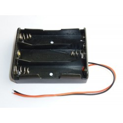 Case for rechargeable batteries 18650 with cables, for 3 batteries